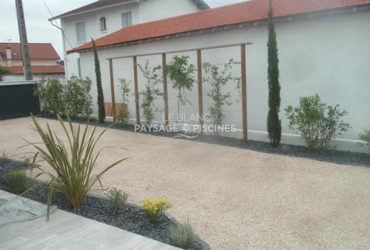 Aménagement végétal / minéral et plantes grimpantes