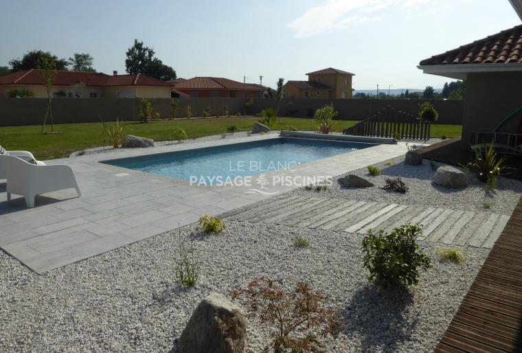 Aménagement Paysager de style contemporain autour piscine - BAZET 65 -