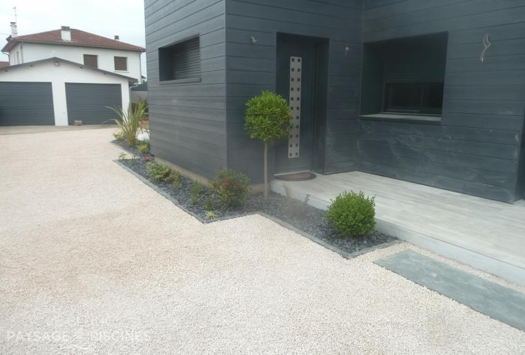 Am nagement ext rieur tarbes mai 2015 leblanc for Garage exterieur design